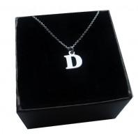 Srebrny łańcuszek z literką D